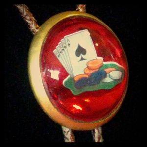 ♠️♦️♣️♥️Vintage Brass Poker Cards Bolo Tie♠️♦️♣️♥️